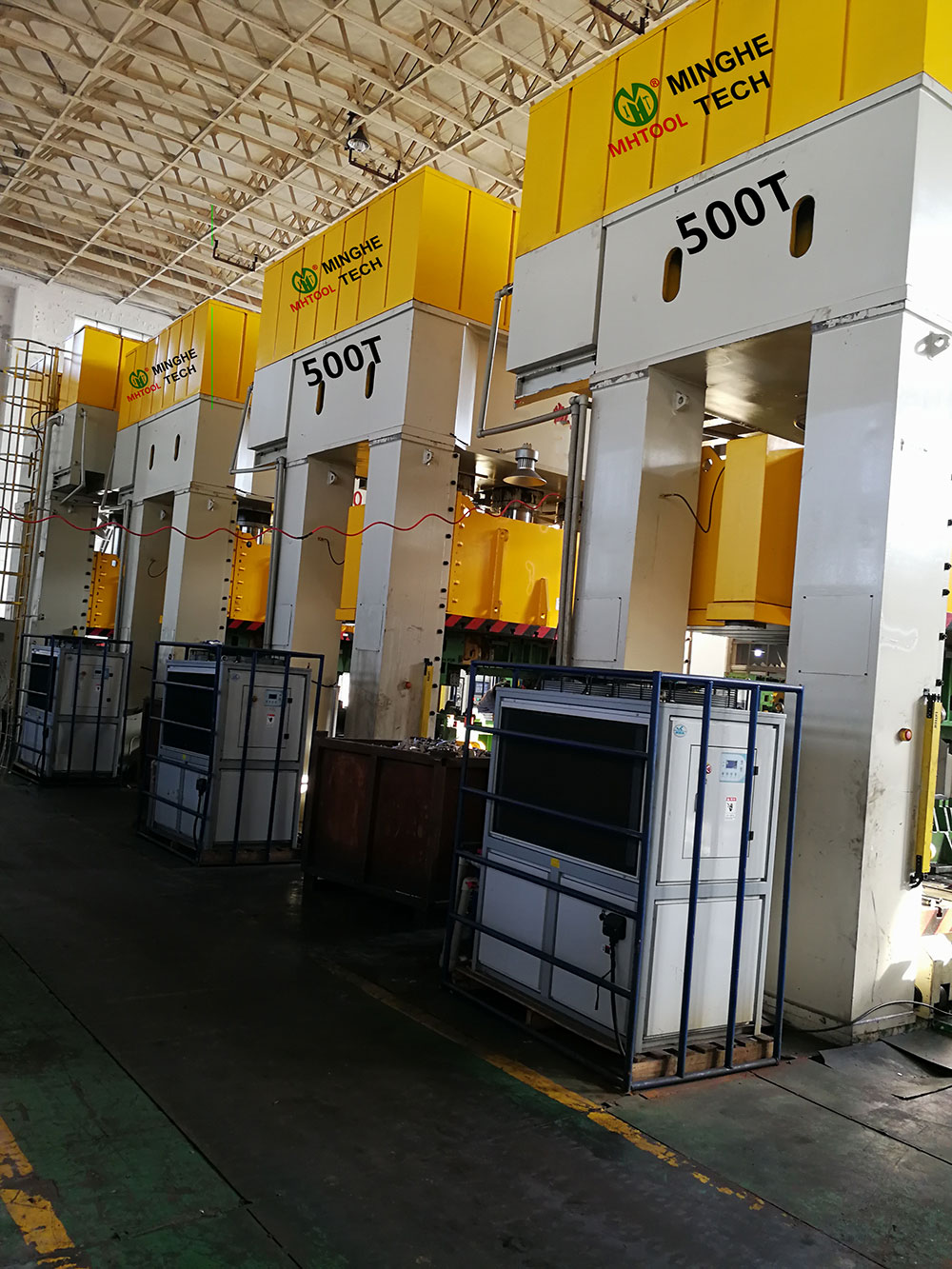 023-MingHe-Four-Column-Gantry-Stamping-Drawing-Hydraulic-Press-1- (4) 500T
